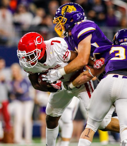 December 16, 2016 - Texas UIL 4A Div. I State Championship game between Wylie and Carthage at AT&T Stadium in Arlington, Texas.  (Image Credit: John Glaser/texashsfootball.com)